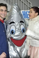 Ariana Grande performs at Hershey Park on New Year's Eve!