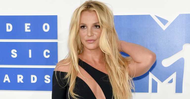 Britney Spears' Medical Team Allegedly Supports Removal Of ...